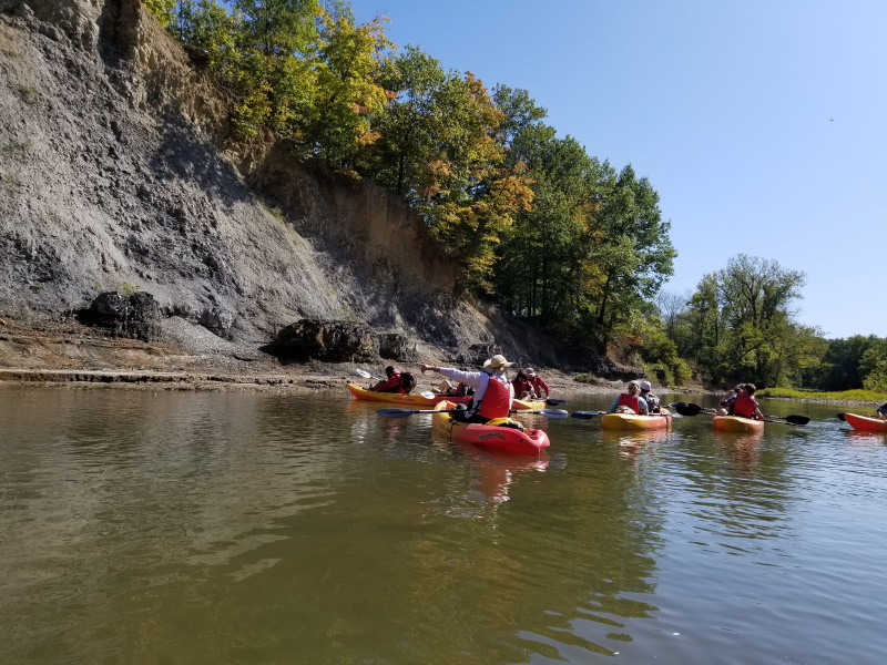 Geology Outreach Kayaking Field Trip to Kickapoo State Park